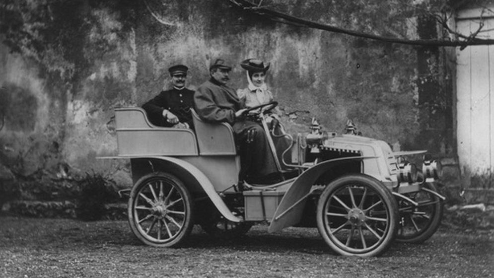 1902-voiturette-2-cylindres.jpg