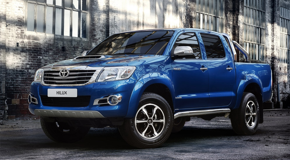 toyota_hilux_invincible_double_cab_8.jpg