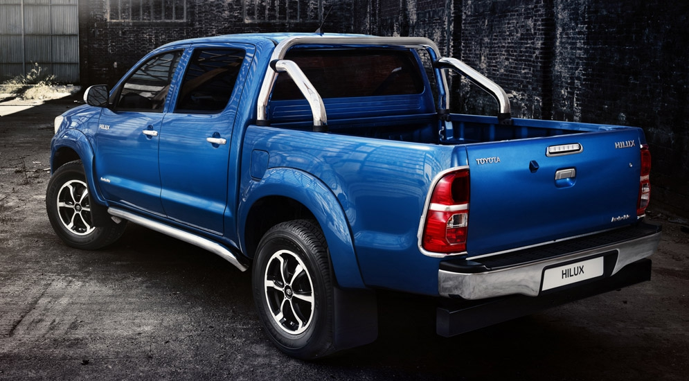 toyota_hilux_invincible_double_cab_6.jpg