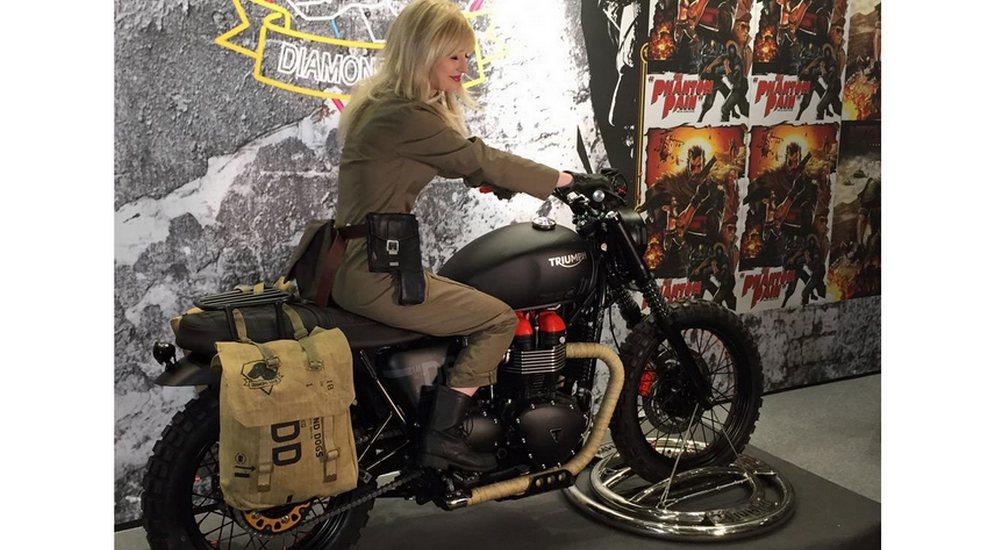 Comic-Con-London-VTB1-Venom-Triumph-Bonneville.jpg
