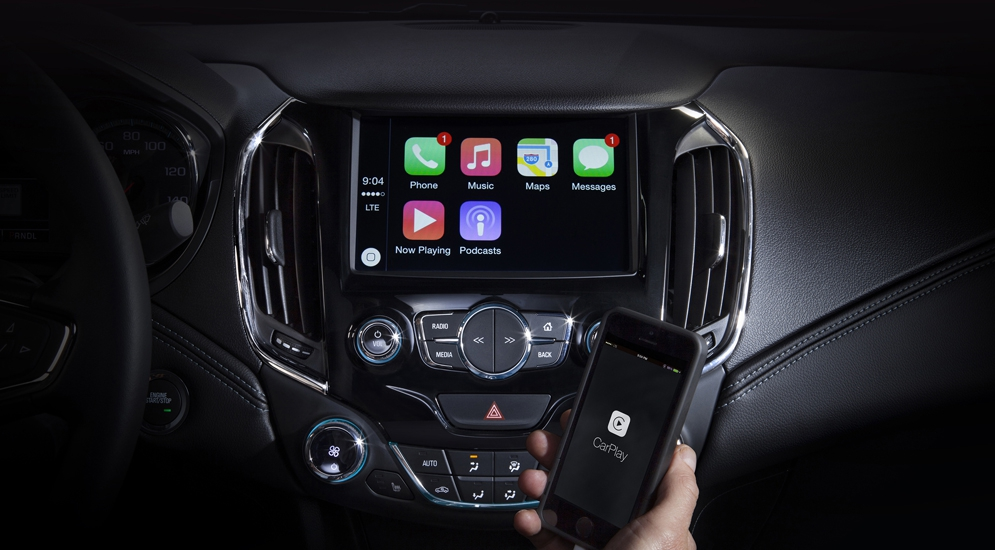 2016-Chevrolet-Cruze-Apple-CarPlay-001.jpg