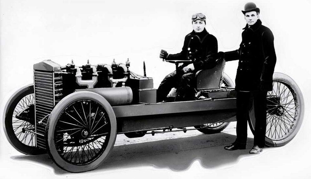 Henry-Ford-1902-carro-corrida-999.jpg