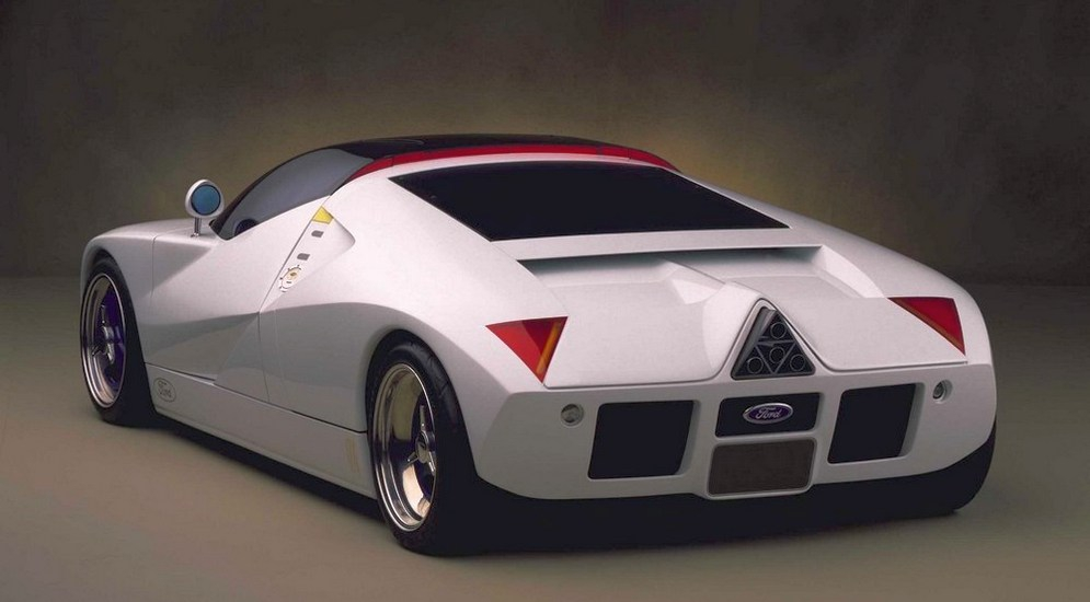 ford_gt_concept_325200552717pm99.jpg
