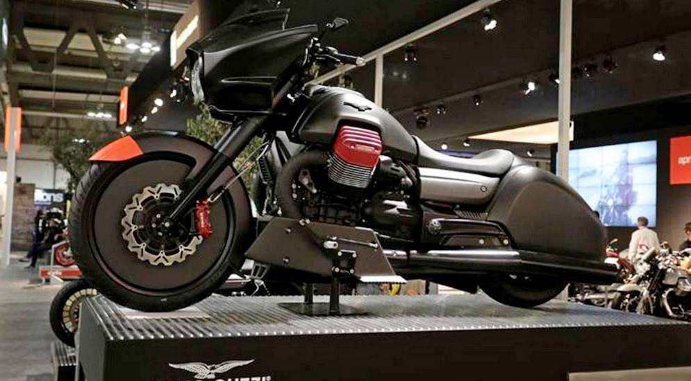moto-guzzi-mgx-21-prototype-09-1-kHNB--687x458@Gazzetta-Web_mediagallery-fullscreen.jpg