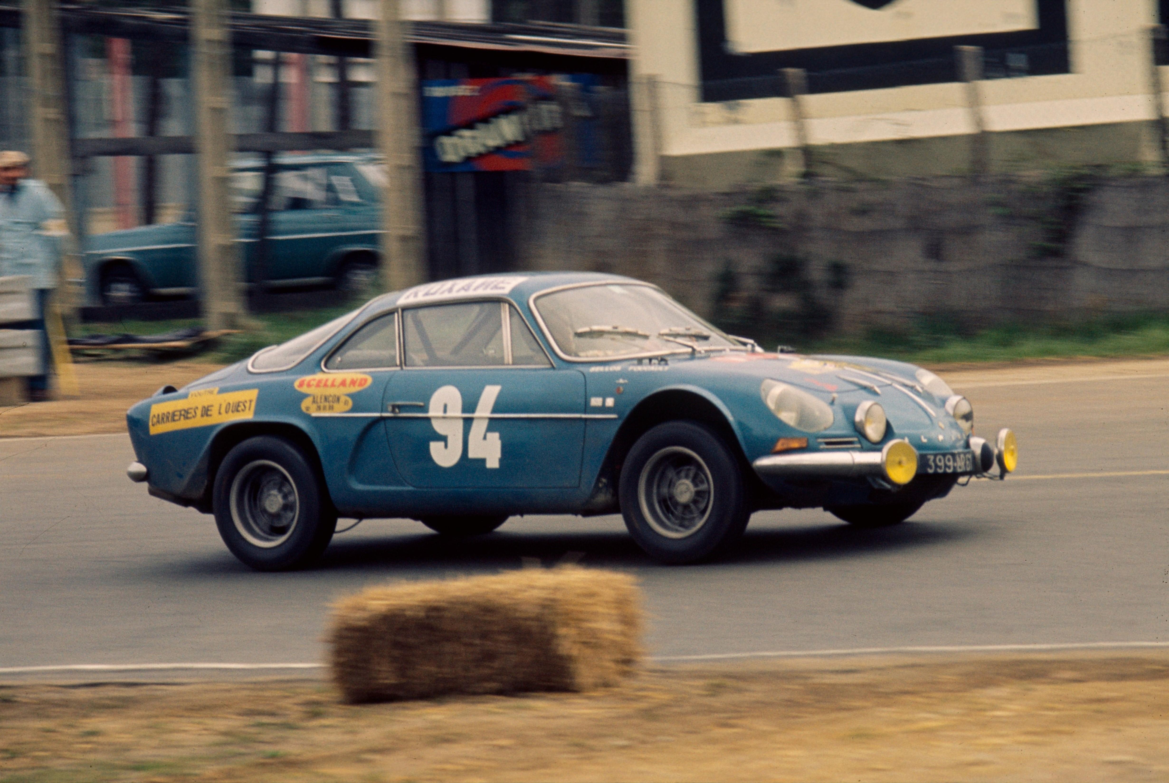 Renault_69320_global_en.jpg
