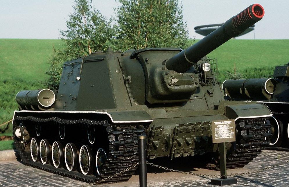 ИСУ-152 «Зверобой».jpg