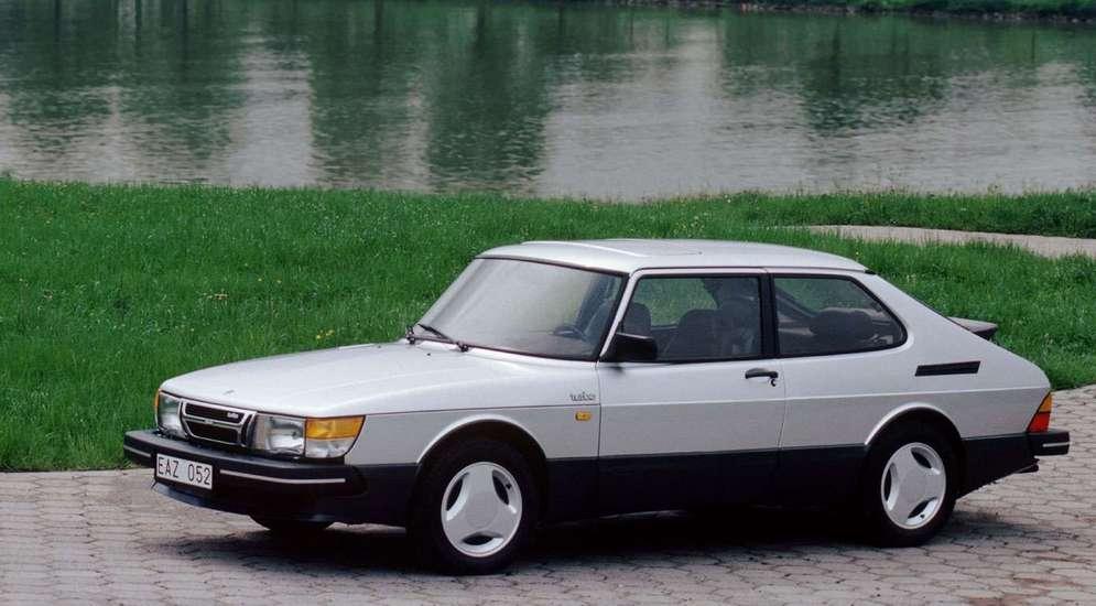 Saab-900_Turbo_16S_1984_1600x1200_wallpaper_01.jpg