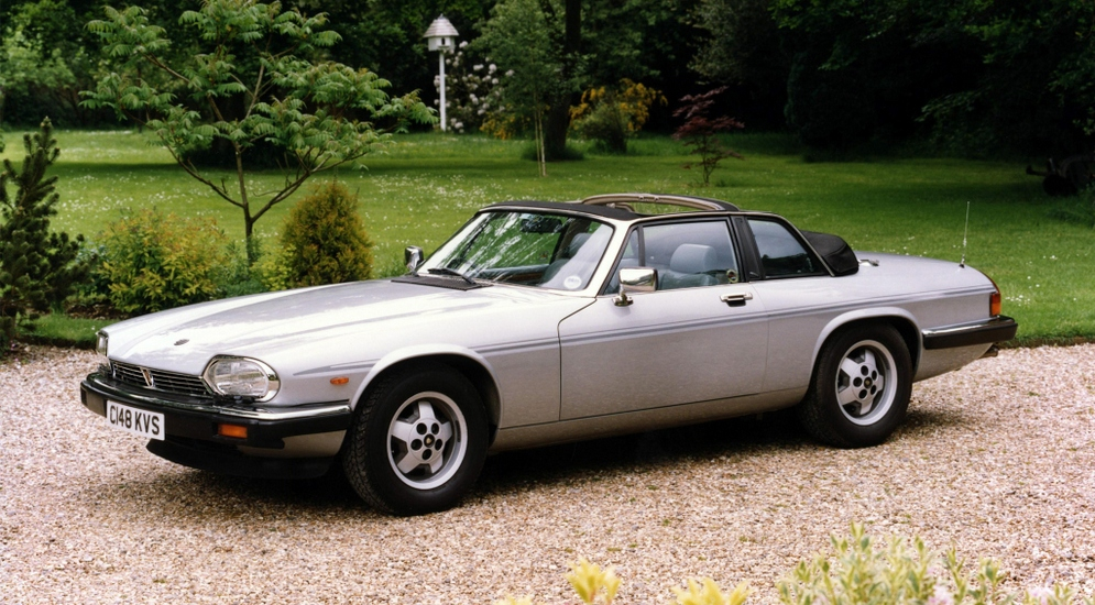 11jaguar_xj-sc_uk-spec_1.jpeg