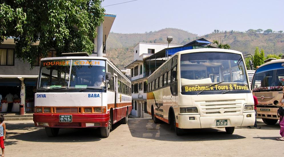 Автобусы Катманду - Покхара.JPG
