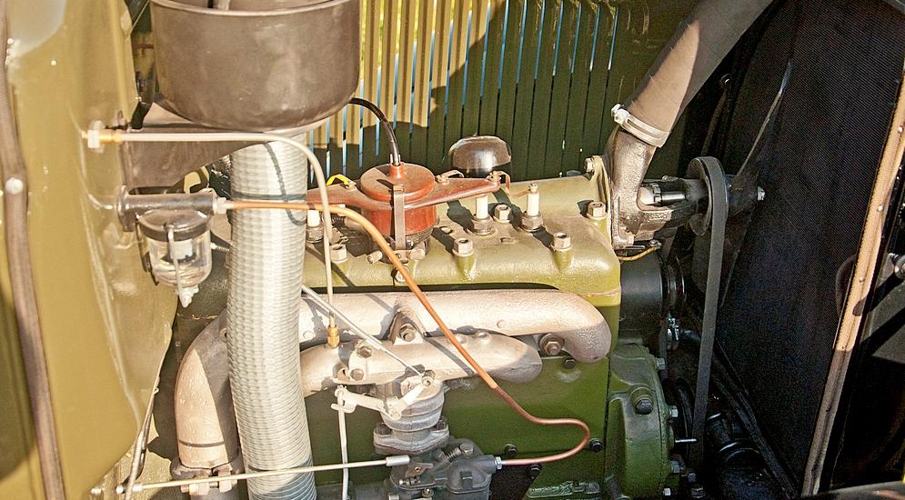 Двигатель ГАЗ-ММ.jpg