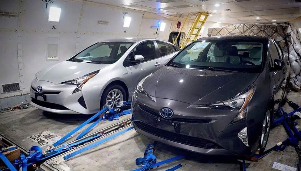 Toyota Prius четвёртой генерации показали без камуфляжа
