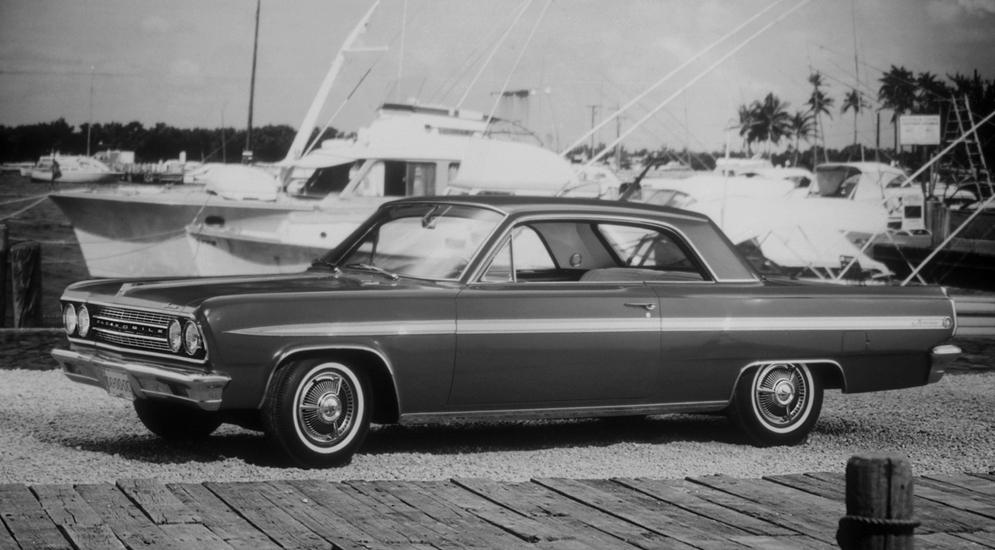 oldsmobile_f-85_jetfire_hardtop_coupe_1.jpeg