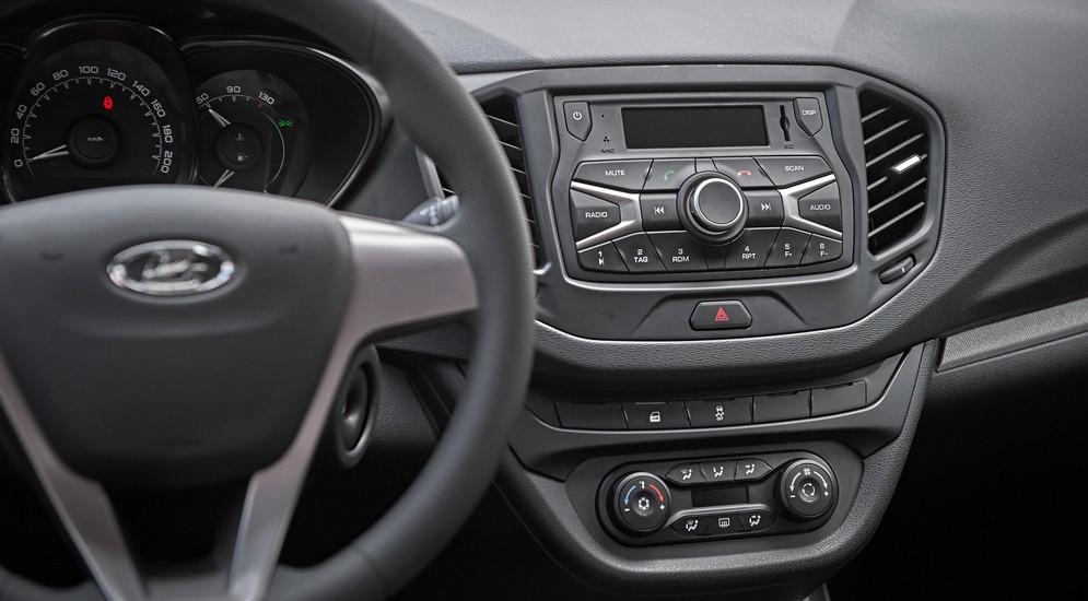 Первый тест-драйв Lada Vesta: как бы тебе повезло