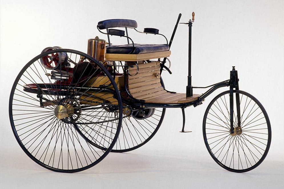 Benz Motorwagen 1896.jpg