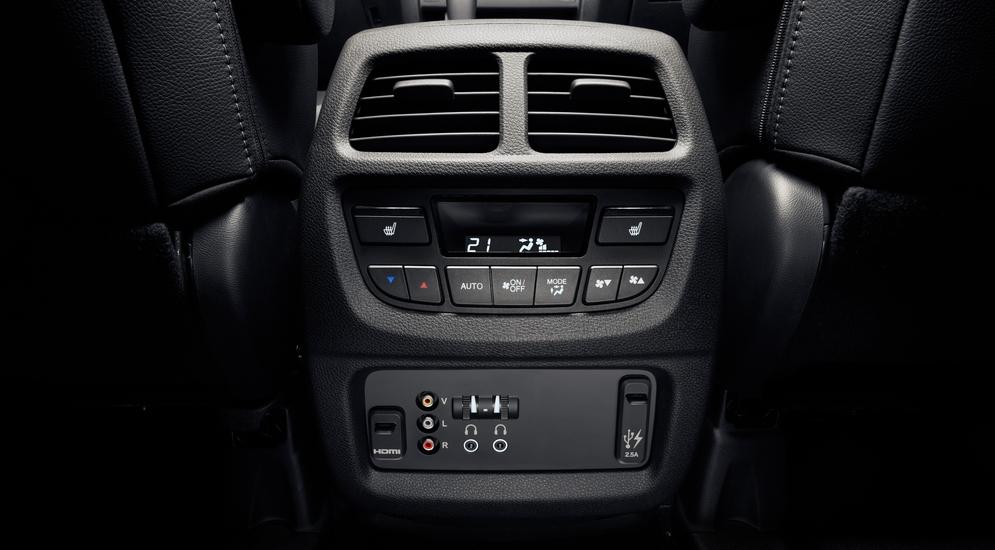 Honda_Interior_18.jpg