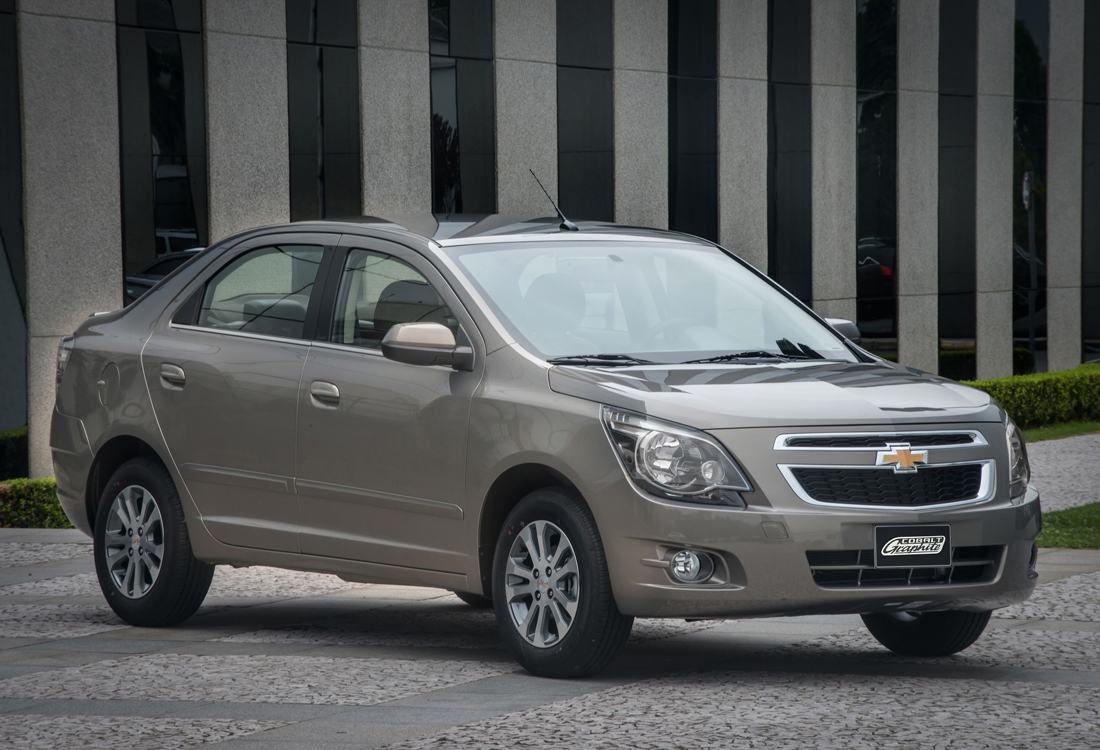 chevrolet_cobalt_graphite_5 (1).jpeg