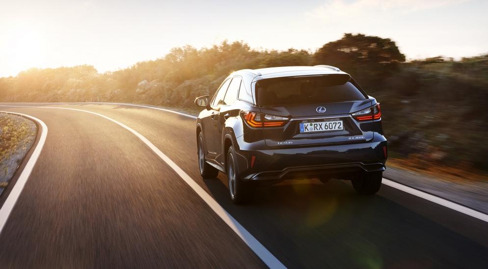 Lexus-RX-06.jpg