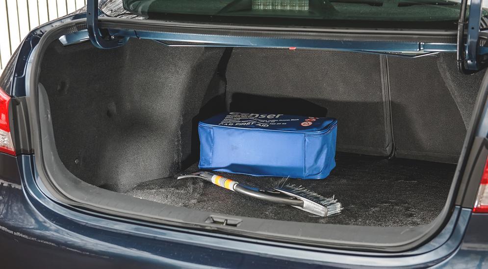 Требуется косметический ремонт: тест-драйв Nissan Almera