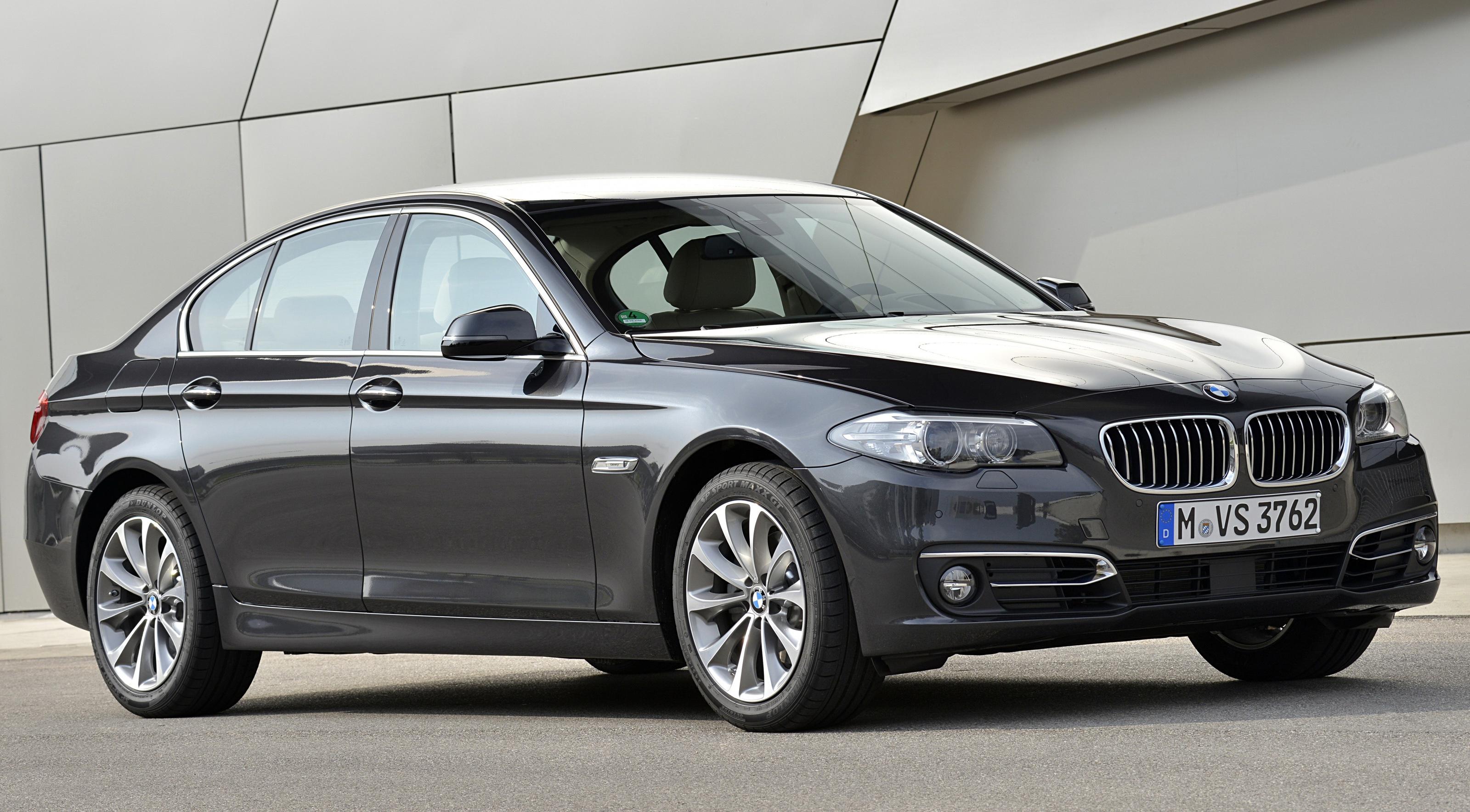 bmw_518d_sedan_luxury_line_25.jpg