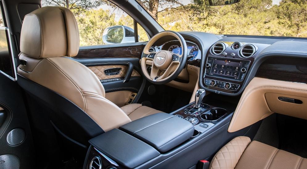 Bentley Bentayga (3).jpg