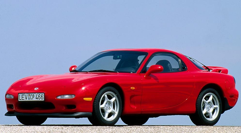 Mazda RX-7 (FD) '1991–2002.jpg