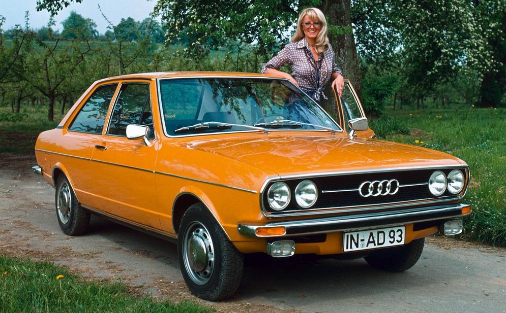 Audi 80 GL 2-door Sedan (B1) '1972–76.jpg