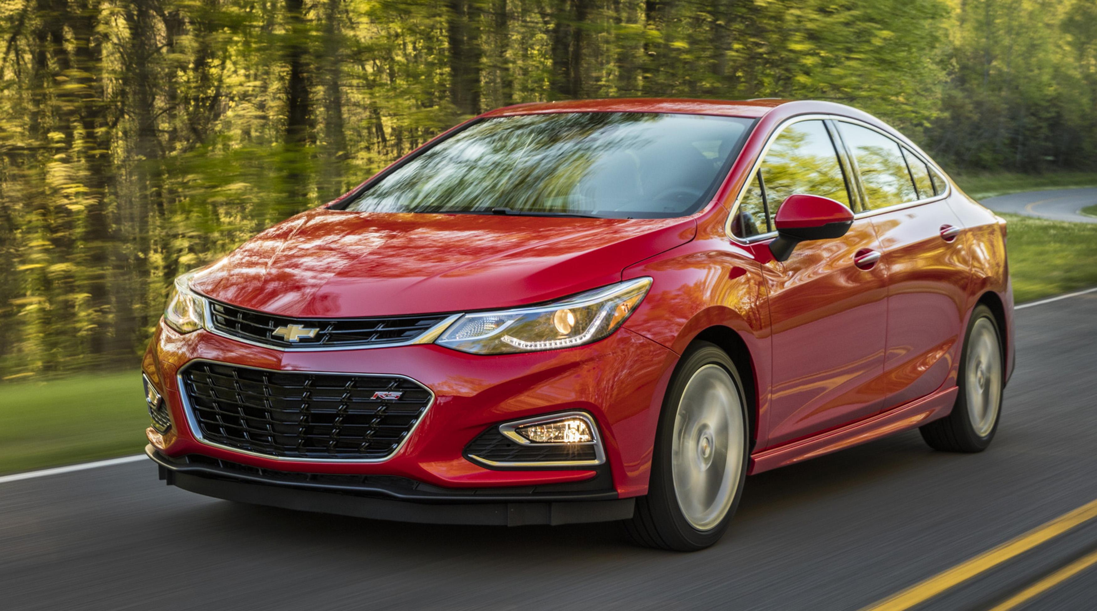 2016-Chevrolet-Cruze-043.jpg