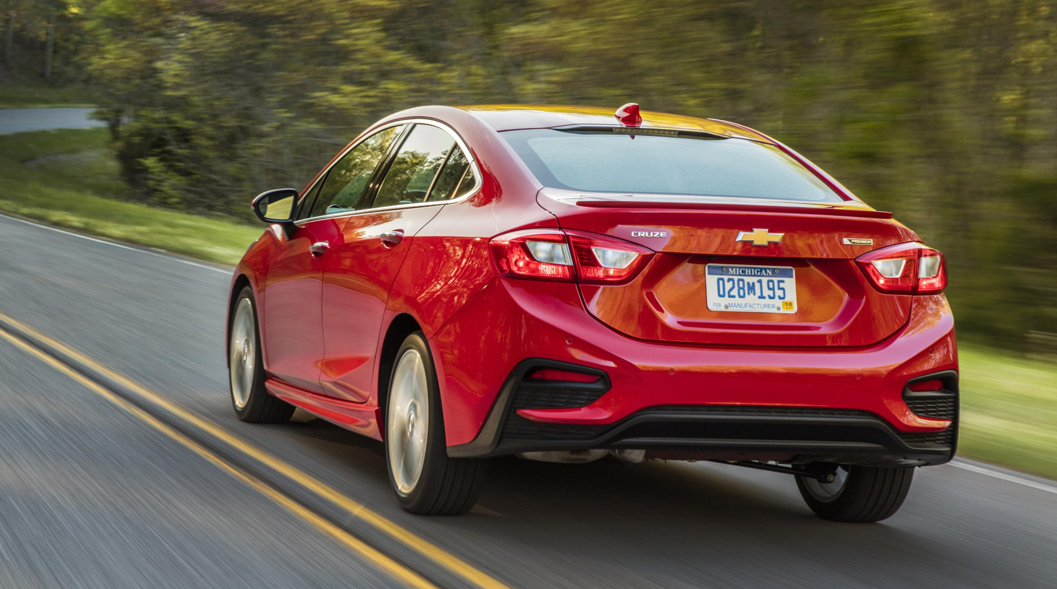 2016-Chevrolet-Cruze-044.jpg