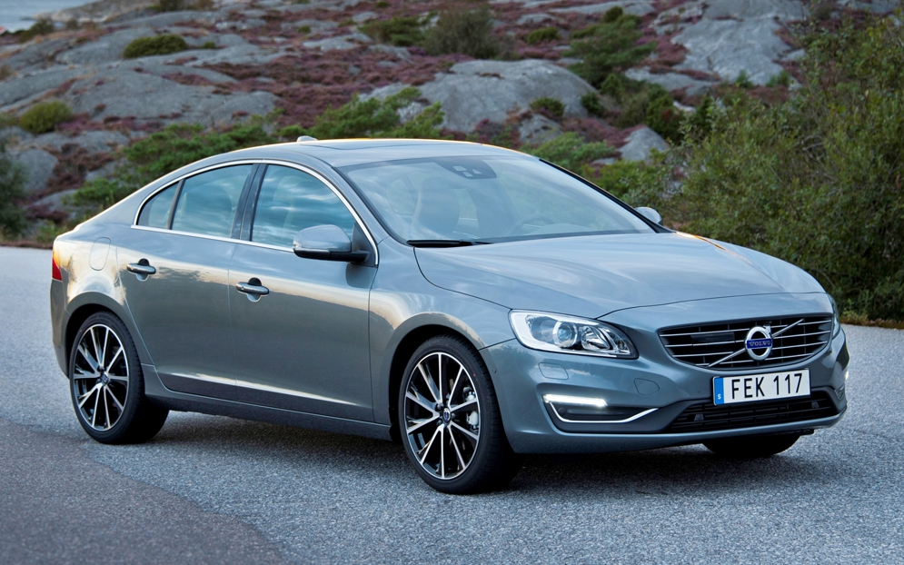 167730_Volvo_S60_model_year_2016.jpg