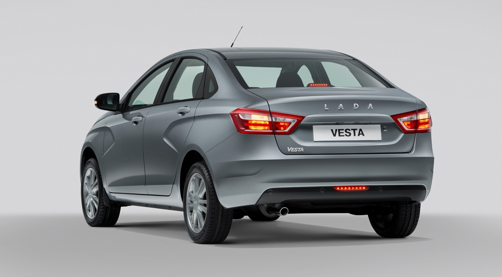 Lada_Vesta_gray_exterior_037.jpg