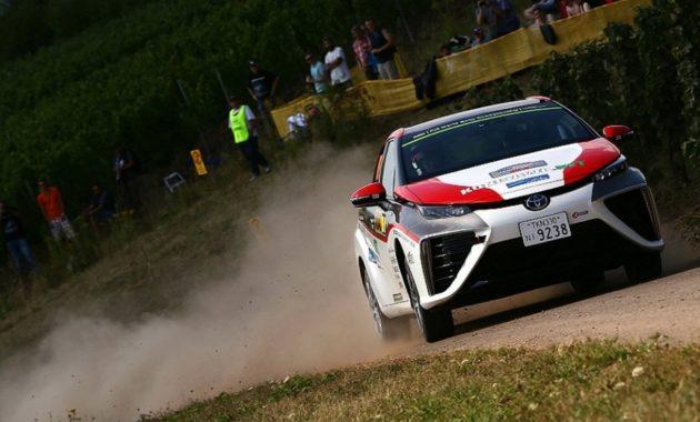 Toyota Mirai проехала по трассе Ралли Германии