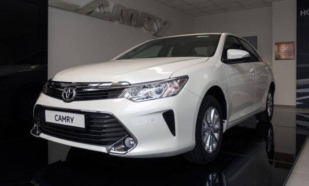 Toyota объявляет о скидках до 250 000 рублей до конца февраля
