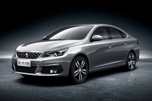 Компания Peugeot показала седан 308 для Китая