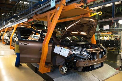 АВТОВАЗ показав, як збирають Lada Xray на відео