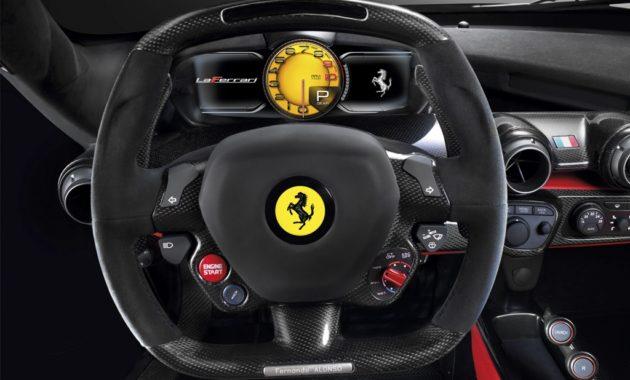 Проблемы с подушками безопасности - докатились - до Ferrari