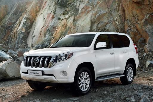 Toyota Land Cruiser Prado будет оснащен новым дизельным турбомотором