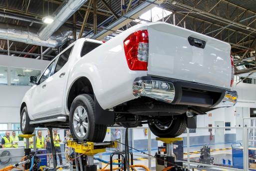 Nissan Navara встанет на конвейер вместе с пикапами Mercedes и Renault