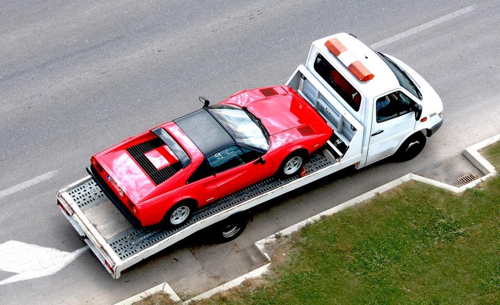 В каких случаях возможно задержание и эвакуация автомобиля