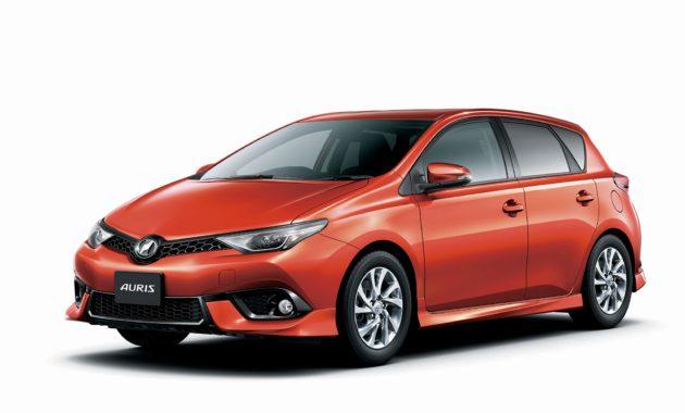 Toyota запустила продажи Auris с новым турбодвигателем